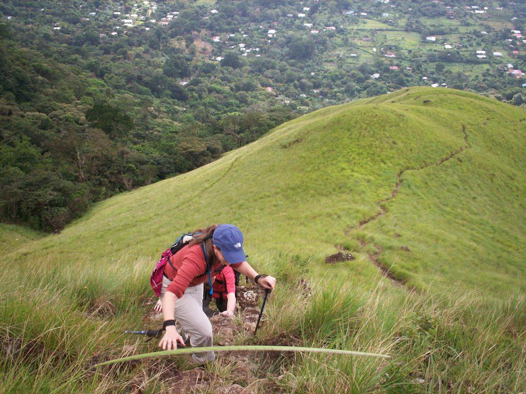 acenso a la montaña mountain hiking